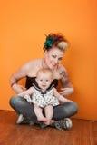 младенец ее мама стоковое фото