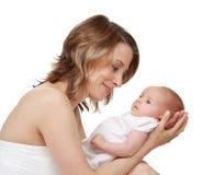 младенец ее мать удерживания Стоковая Фотография RF