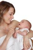младенец ее мать удерживания Стоковые Фотографии RF
