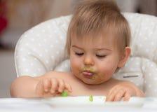 Младенец, есть, человеческое лицо, кавказская этничность 10 Стоковые Фотографии RF