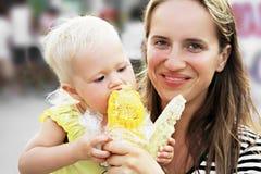 Младенец и мозоль стоковые фото