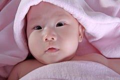 младенец после ванны стоковые изображения