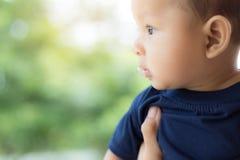 Младенец с слюной стоковая фотография