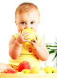 младенец яблока есть немного Стоковые Изображения