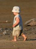 младенец barefoot Стоковые Изображения RF