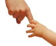 младенец вручает мать s Стоковое фото RF