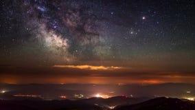 Млечный путь в горах видеоматериал