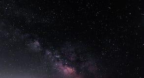 Млечный путь на небе звездной ночи Стоковое Изображение
