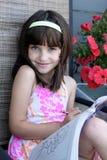 многодельная девушка расцветки довольно Стоковое Фото