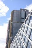 Многоквартирные дома горизонта города Сиднея Австралии Стоковые Изображения RF