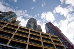 Многоквартирные дома горизонта города Сиднея Австралии Стоковое Фото