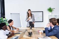 Многокультурные бизнесмены на встрече Стоковое Фото