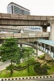 Многоуровневый Бангкок с дорогой для перехода автомобиля, пешеходного пути a Стоковые Изображения