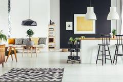 Многофункциональная шикарная живущая комната Стоковая Фотография RF