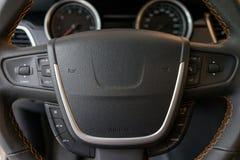 Многофункциональное рулевое колесо Стоковая Фотография