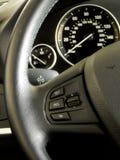 Многофункциональные дизайн и управления рулевого колеса Стоковое Изображение RF