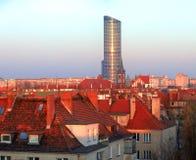 Многоэтажное здание на рассвете стоковая фотография rf