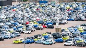 Много автомобилей в месте для стоянки в гавани Копенгагена Стоковые Фотографии RF