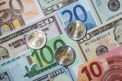 Много банкнота евро и доллара Стоковая Фотография RF