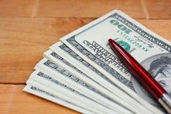 Много банкнот долларов Стоковые Изображения RF