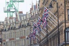 Много великобританский флаг Юниона Джек на улице Лондона Стоковое фото RF