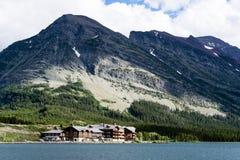 Много гостиница ледника в национальном парке ледника Стоковые Изображения RF