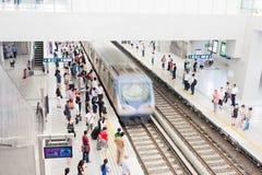 многодельный поезд станции фарфора Стоковое фото RF