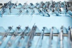 Много зубоврачебных аппаратуры и инструментов Стоковая Фотография