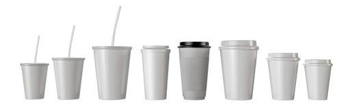 Много изолированных бумажных стаканчиков фаст-фуда Стоковые Фотографии RF