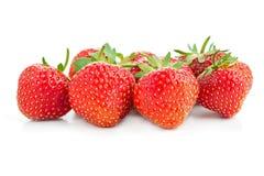 Много клубник ягод зрелых сочных на белой таблице Стоковое Изображение