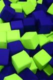 Много красочных мягких блоков в kids' ballpit на спортивной площадке Стоковые Изображения RF