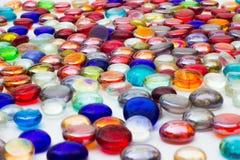 Много красочных стеклянных самоцветов Стоковое фото RF