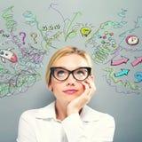 Много мыслей с бизнес-леди Стоковые Фотографии RF