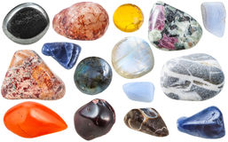 Много орнаментальными изолированными камнями самоцвета обрушились Стоковое Изображение