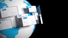 Много писем летают в круг Почта интернета Доставка корреспонденции всемирно сток-видео
