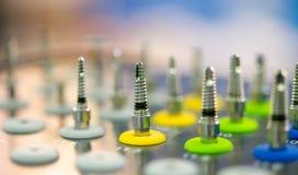 Много размеров зубоврачебных сверл различных Стоковые Фотографии RF