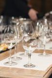 Много различные бокалы на дегустации вин Стоковое Фото