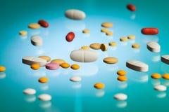 Много различных лекарств в лаборатории Стоковое фото RF