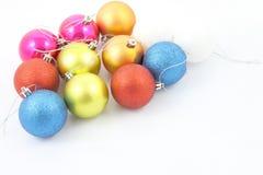 Множественный ровный шарик Кристмас группы Стоковые Фото