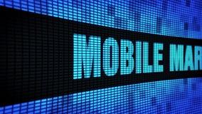 Мобильная выходя на рынок сторона отправляет SMS перечислению доски знака дисплея с плоским экраном стены СИД сток-видео