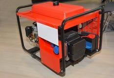 Мобильный генератор подпорки силы Портативный генератор для дома стоковые изображения rf