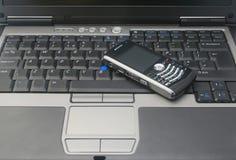 мобильный телефон компьтер-книжки Стоковые Изображения