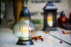 Могилы на католическом кладбище Стоковое Фото