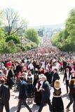 17 могут парад Осло Норвегии на главной улице Стоковое Изображение RF