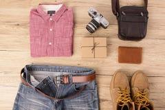 Мода на деревянном столе Стоковая Фотография RF