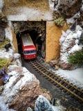 Модельный поезд в ландшафте снега Стоковое фото RF