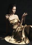 модель золота платья стоковые изображения rf