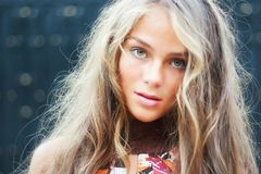 модель красивейших волос длинняя стоковые фото