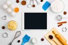 Модель-макет вебсайта обслуживания применения таблетки выпечки кухни передвижной Стоковое Изображение