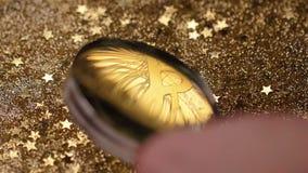 Модель монетки макроса реальная созданная как валюта с децентрализацией